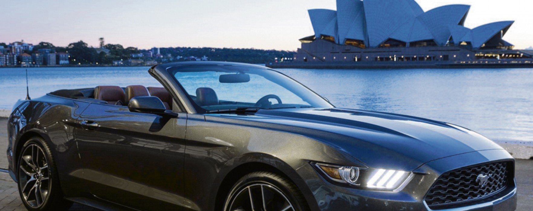Mustang EcoBoost Convertible 2015 (46 149 $ + taxes)